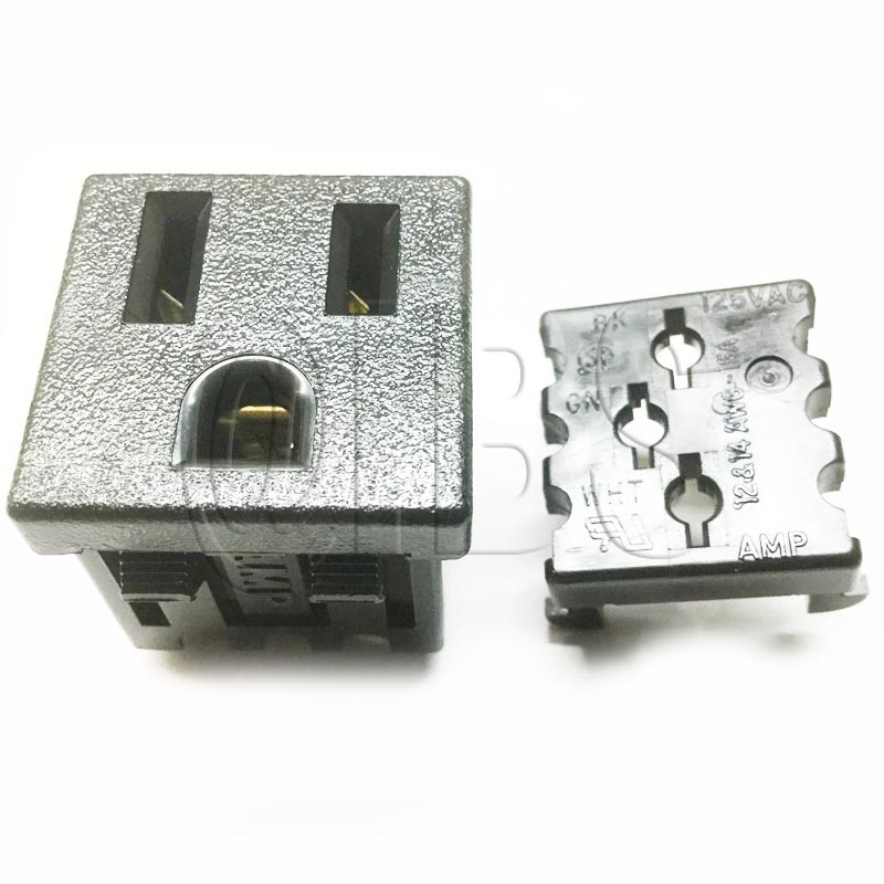 70184657600 Outlet 115V (No Wires)